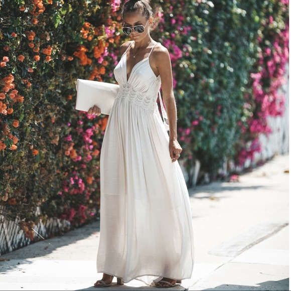 40e561f5adf Super Gorgeous Off-White Boho Maxi Dress